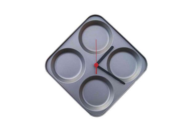 Time to Bake Clock