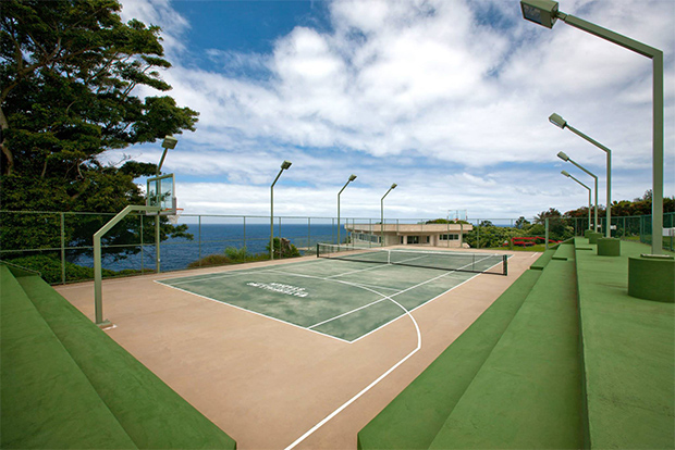water falling state tennis court