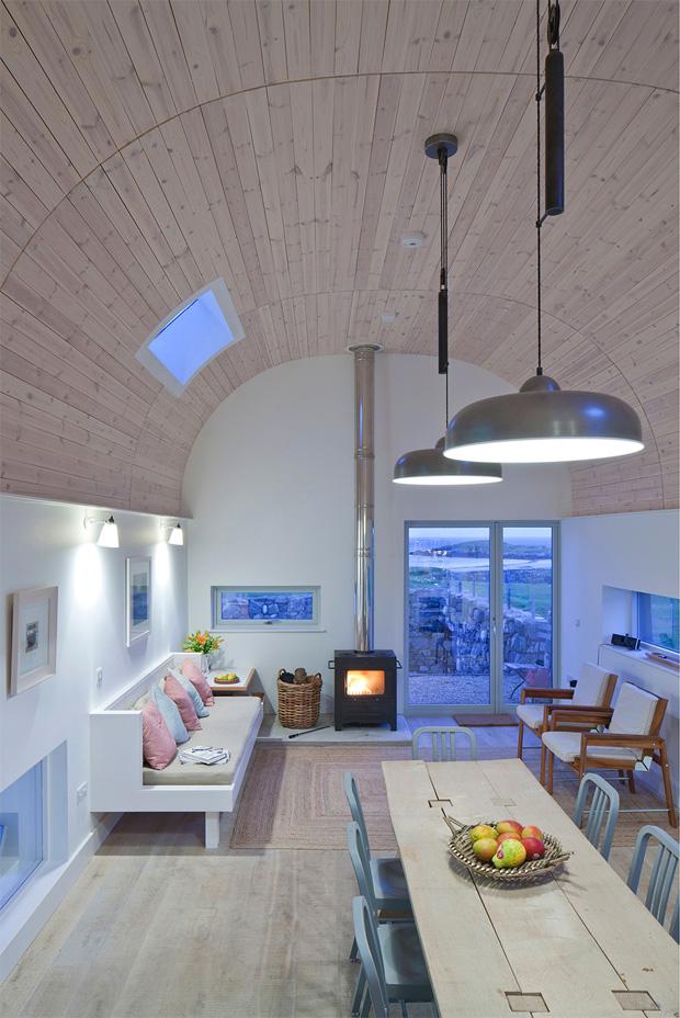 House No 7 Living Room
