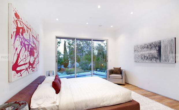 Mansfield House Bedroom1