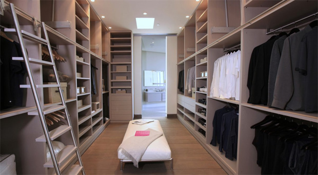 Hollywood Hills Closet