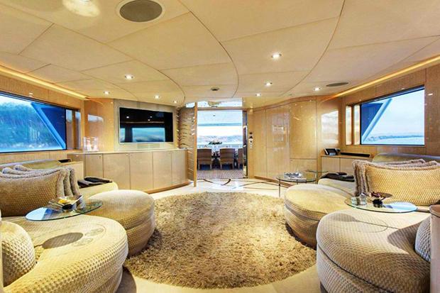Ophelia Luxury Yacht
