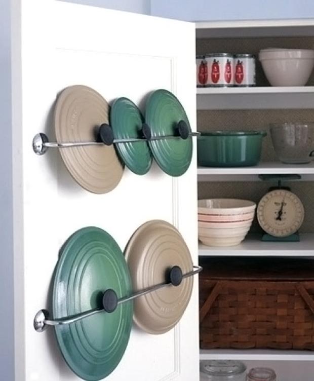 towel rack for lid storage