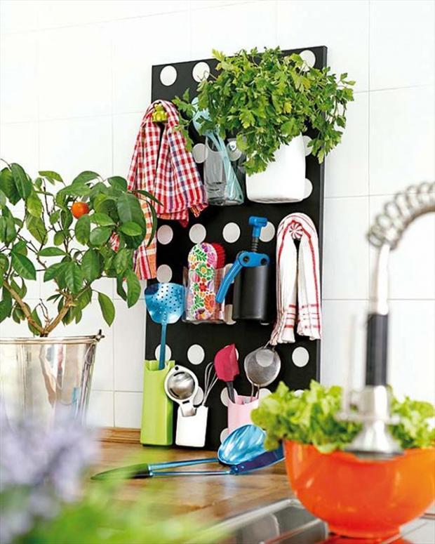kitchen utensils organizer