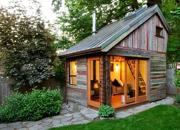 Tiny Home Movement width=