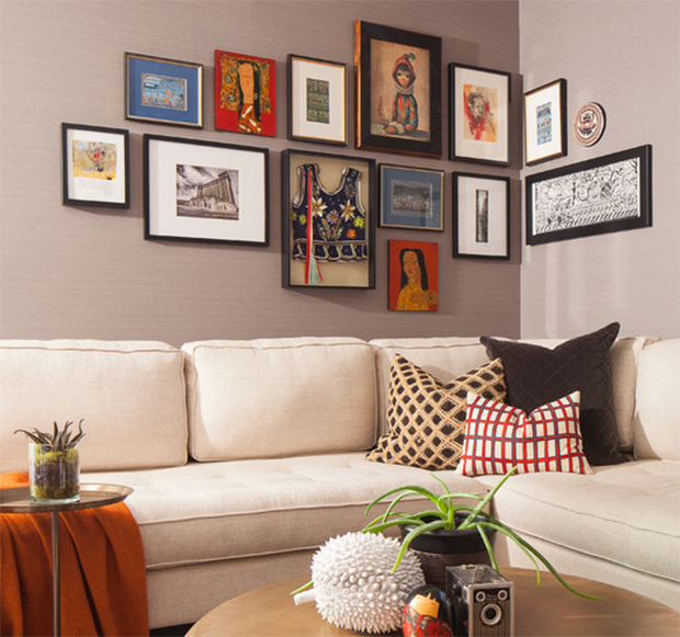 Boring Walls Why Not Gather Wall Frames On The Corner Viral Homes