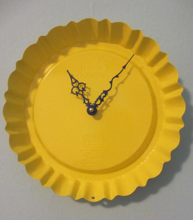 Dessert Pan Clock