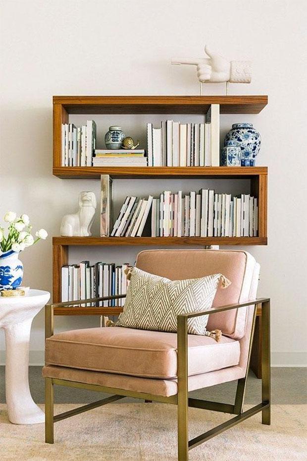 Linear Book Shelf