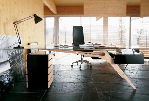 Cavour CM Desk