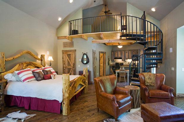 Beaver Lake Cottage House