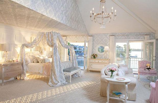 Silk Damask Room