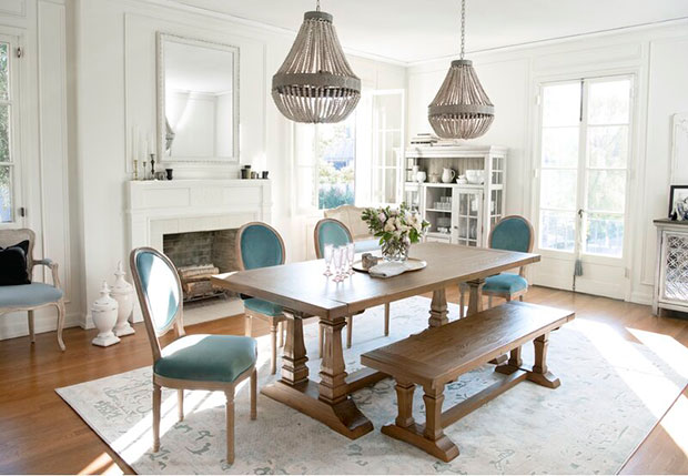 Extendable Pine Wooden Dining Tables
