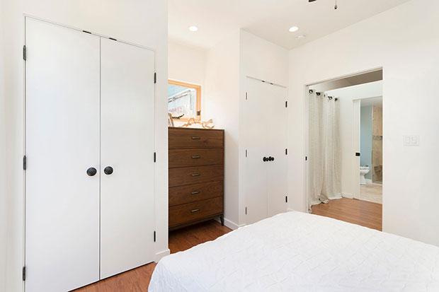 In-Law Cottage Small Bedrrom Closet Ideas