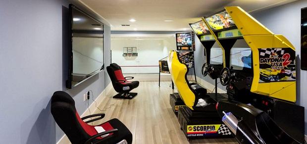 Arcade-Themed