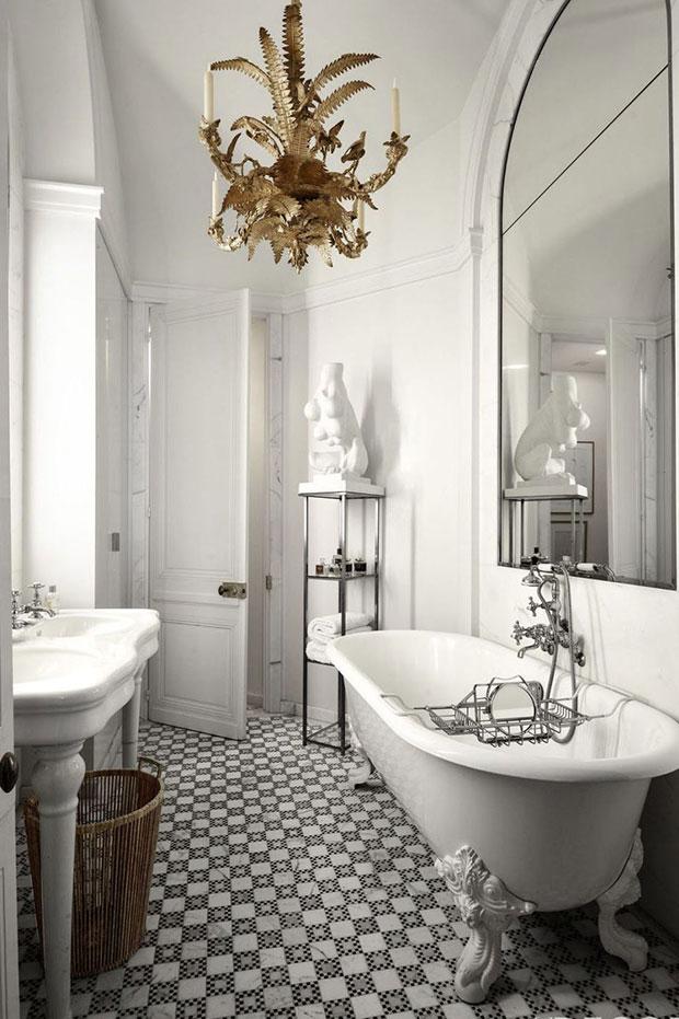 Byzantine-Inspired Gray Bathroom Ideas