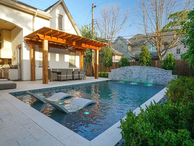 River Oaks Retreat
