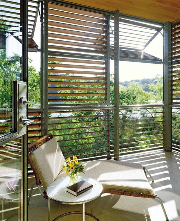 Contemporary Balcony